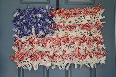 Chicken Wire Rag Flag Wreath www.adiamondinthestuff.com