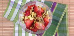 Cheesecake im Glas Rezept Dessert, Fruit Salad, Acai Bowl, Breakfast, Food, Cheesecake In A Jar, Acai Berry Bowl, Morning Coffee, Fruit Salads