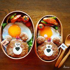 Bear hamburger bentos by Anna (@nariselu_)