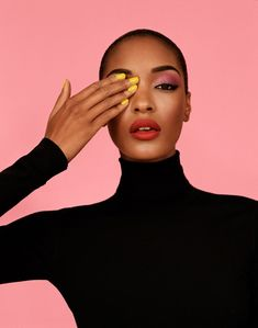 The Best Beauty Tips For People Of All Ages. A good beauty routine should be relaxing and pleasant. Now you can try some new beauty techniques with co Short Hair Afro, Beauty Shoot, Hair Beauty, Beauty Makeup, Glam Makeup, Best Beauty Tips, Beauty Hacks, Good Beauty Routine, Natural Hair Styles