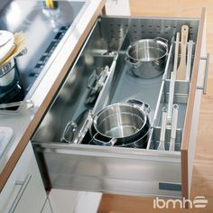 Pan Set - - Blum pan dividers provide safe storage for pots and pans plus utensils – a pan drawer divider set keeps everything in one place. Mobile Home Kitchen Cabinets, Images Of Kitchen Cabinets, Kitchen Drawers, Kitchen Interior, New Kitchen, Home Interior Design, Kitchen Pantry, Utensil Storage, Pan Storage
