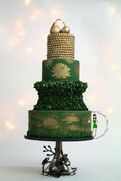 Emerald Queen - Cake by Beau Petit Cupcakes (Candace Chand)