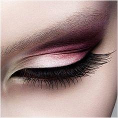 MAC pot eyeliner - Nars eye shadow