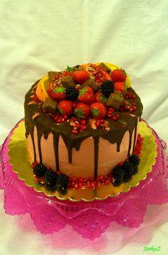 chocolate cake with fruit - čokoládová torta s ovocím