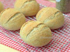 Dutch Recipes, Pastry Recipes, Bread Recipes, Dominican Food, Dominican Recipes, Pan Relleno, Bakers Gonna Bake, Italian Bread, Bread Bun