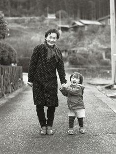 Happy granny Hideaki Hamada Photography - Family