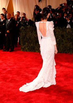 Met Gala alfombra roja Punk Chaos to Couture - Rooney Mara, en un look haute couture de Givenchy