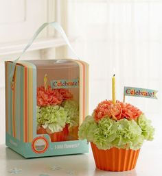 Definitely need to make a couple of these cupcake cakes...