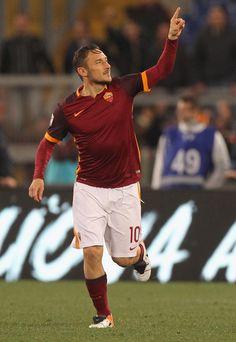 785c948f5 Francesco Totti Photos - Francesco Totti of AS Roma celebrates after  scoring the team s second goal