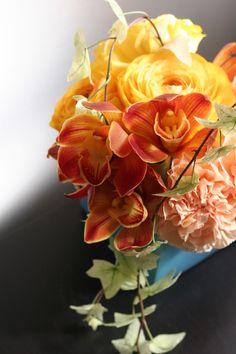 Warming Flowers inspired by the Mediterranean Sun & Ocean