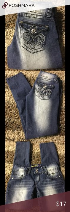 "JUNIORS ANGELS EMBELLISHED POCKET JEANS 9 Good condition   Size 9 56% Ramie, 24% Cotton, 17% Polyester, 2% Spandex Waist 32"" Inseam 30"" Length 37""   Please comment with any questions and feel free to make an offer with the blue button!   Bundle two or more items and save!!  ⭐️ Purchase by noon EST and item(s) ship the same day! Angels Jeans Straight Leg"