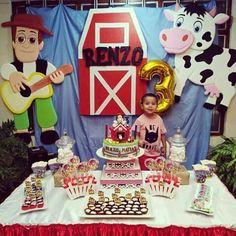 ideas bonitas para fiestas de La granja zenon Boys First Birthday Party Ideas, Farm Birthday, Boy Birthday Parties, Barnyard Party, Farm Party, Nursery Rhyme Party, Farm Theme, 1st Birthdays, Ideas Bonitas