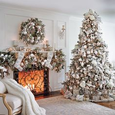 Christmas is right around the corner!Need help decorating for the holidays? - Happy Christmas - Noel 2020 ideas-Happy New Year-Christmas Christmas Fireplace, Christmas Mantels, Christmas Tree Decorations, Christmas Home, White Christmas, Christmas Holidays, Holiday Decor, Christmas Trees, Christmas Villages
