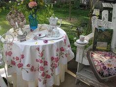 Bernideen's Tea Time Blog: December 2011