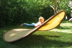 "A ""Shallow Swing"" Disc, AKA a ""Potato Chip Chair"" 