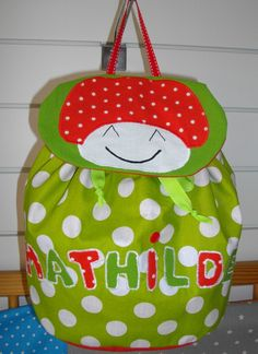 85f6f2d1e13b sac à dos maternelle cartable personnalisé, bouillotte sèche , doudou,  bavoir, cadeau naissance, cape poncho, sortie de bain, cale bébé ,  couverture nomade ...