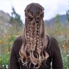 "Luxy Hair on Instagram: ""@braidsbyjordan does it again with another gorgeous braid, created with her Dirty Blonde Luxy Hair Extensions! Comment  below if you are loving this mixed braid! Xo #LuxyHair"""