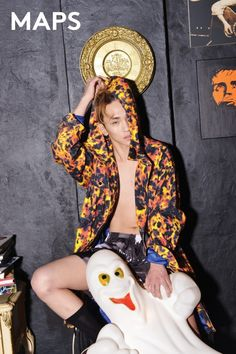 Key is a punky hipster with blue eyes in 'MAPS' magazine | http://www.allkpop.com/article/2015/02/key-is-a-punky-hipster-with-blue-eyes-in-maps-magazine