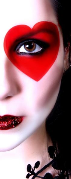 like a scary Queen of Hearts!