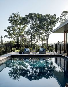 The Nest by Shaun Lockyer Architects - An Acreage Lifestyle Moments from the City - Amongst the leafy inner-city suburb of Bardon sits an elaborate home intended to create an 'acrea - Landscape Architecture, Interior Architecture, Landscape Design, Residential Architecture, Brisbane Architects, Indoor Outdoor Living, Outdoor Decor, Terrasse Design, Pool Fence