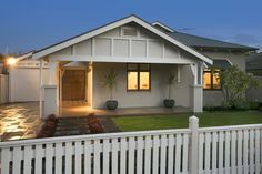 Shed, Outdoor Structures, Bungalows, Nice, Projects, Beautiful, Log Projects, Lean To Shed, Craftsman Bungalows
