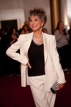 Rita Moreno at the 12th Annual Mark Twain Twain Prize