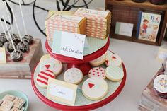 vintage ABC birthday party via Amy Atlas: darling fondant cookies + gingham-wrapped chocolate bars Abc Birthday Parties, Abc Party, Craft Party, 2nd Birthday, Birthday Ideas, Alphabet Birthday, Adult Party Themes, Back To School Party, Fondant Cookies