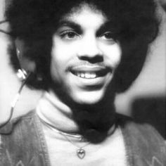 Prince, young and cute. I so love his confident he was sporting there.