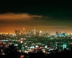 Los Angeles at night by @MichaelTsirakis by CaliforniaFeelings.com california cali LA CA SF SanDiego