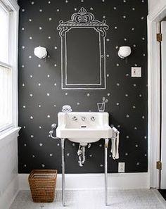 banheiro-eu gosto de os desenhos na parede.