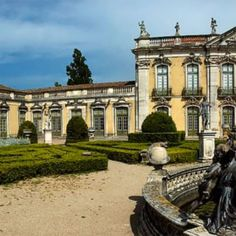 Panoramic 2/3 - Portugal - To see it full go to my profile @dotphotobr  The Queluz Palace and its gardens is one of the best examples of Portuguese architecture from the end of the 19th century. XVIII. It was built by Pedro III husband of Queen Maria I (1734-1816) and used as royal residence. It was enriched with an important museum of decorative arts whose collections belonged for the most part to the royal family and are exposed in their own context. Many of its rooms have rocaille decor…