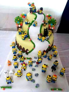 Seriously, someone needs to make one of these for me for my birthday!!