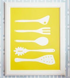 Make cute kitchen artwork for Mother's Day! Here's how: http://www.bhg.com/holidays/mothers-day/gifts/mothers-day-gift-ideas/?page=2=bhgpin042512kitchenartwork