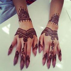 Beauties, Fashionistas, All things Fashion!!: