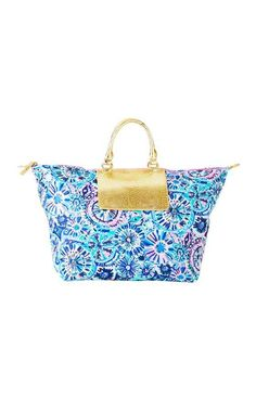 d002709a6366cd Packable Escape Weekender | Lilly Pulitzer | Barefoot Princess Fall Fashion  Trends, Autumn Fashion,