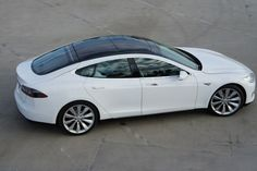 Customer rides of the Model S Beta Tesla