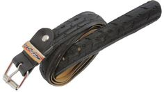 NEGRE SPORT. #Cinturon realizado con #neumatico de bicicleta, con hebilla metálica regulable. Ancho 2,5 cm. #tstil #belt #reciclaje #Barcelona
