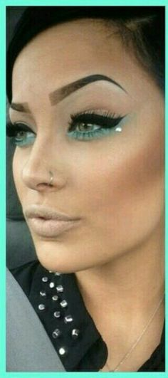 Turquoise eyeshadow for summer!