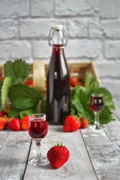 Gotowanie i pieczenie - I love it .: Nalewka z truskawek Irish Cream, Red Green, Liquor, Alcoholic Drinks, Strawberry, Homemade, Fruit, Cooking, Glass