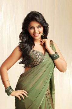Tamil Actress Anjali Hot Photos Sexy Bikini Images or HD Saree Stills Wallpapers Gallery, Showing her Hottest Sizzling Spicy Cleavage and Navel Pictures. Beautiful Saree, Beautiful Gorgeous, Beautiful People, Gorgeous Women, Glamour, Indian Beauty Saree, Indian Sarees, Indian Celebrities, South Indian Actress