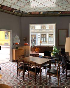 Botanisk Hage Møbelforretning, Oslo. Mid Century Furniture, Oslo, Places, Table, Home Decor, Decoration Home, Room Decor, Tables, Home Interior Design