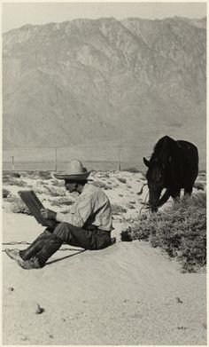 Carl Eytel at work near Palm Springs (1913)