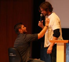 Jensen Ackles Jared Padalecki Fight   jared padalecki and jensen ackles AHBL Supernatural OzCon Sydney