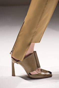 Best Handbags, Fashion Handbags, Fashion Shoes, Fab Shoes, Shoes Sandals, Michael Kors Sale, Only Fashion, Fashion 2014, Fashion Brands