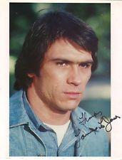 OSCAR WINNER ACTOR TOMMY LEE JONES ,HAND SIGNED STUDIO PHOTO.