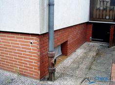Aktuell wurde der Terrassensockel saniert.