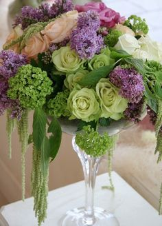 Stunning wedding table decorations and wedding centerpieces
