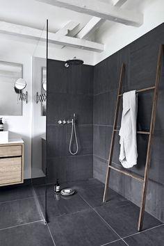 Designer Kathrine Espersens smukke villa villa hellerup indretning badeværelse bruserAwesome 44 Stylish Bathroom Vanities Ideas That Looks CoolKiehnholz Blockbohlenhaus Lillevilla 567 (floor .