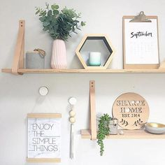 41 Easy Ways to Decorate a Blank Wall Home Design, Home Decor and DIY Crafts Easy Ways to Decorate a Blank WallIf you are planning to transform a blank wall in your Diy Wall Decor, Entryway Decor, Bedroom Decor, Art Decor, Unique Home Decor, Diy Home Decor, Unique Wall Art, Stand Design, Blank Walls