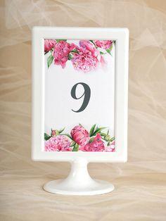 Plany stołów Numery na stoł #decorisus #decoris #peony #peonywedding #peonie…
